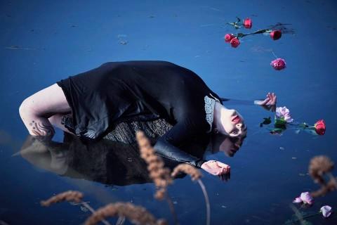 Interview with Multimedia Artist, Annina Roescheisen