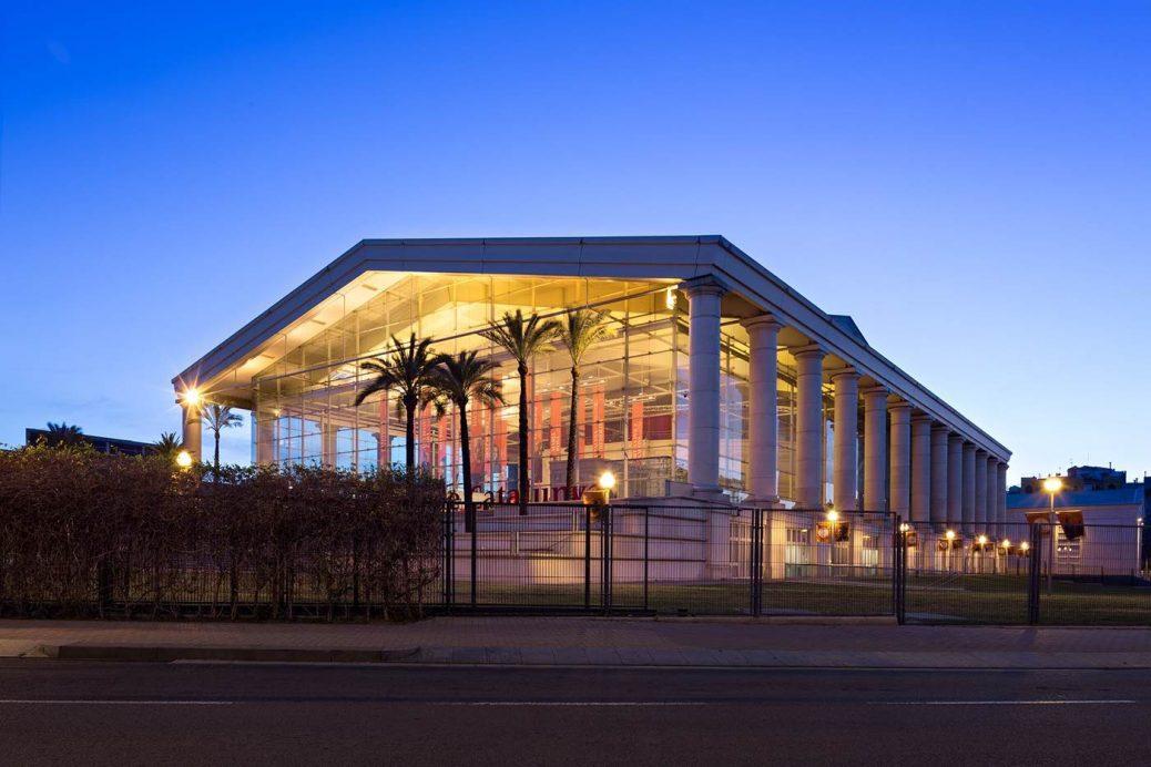 Teatre nacional de catalunya visual identity honargardi for Teatre nacional de catalunya